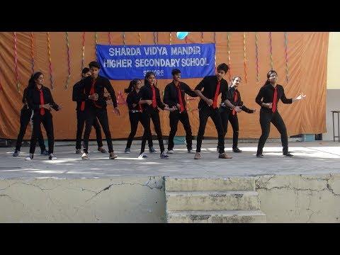 Dance On,, O O Jane Jana //  Galti Se Mistake // Gulaboo // Disco Disco // at farewell for Seniors.