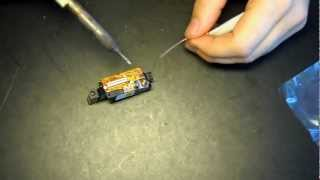 removing the anti stątic solder point from a laser