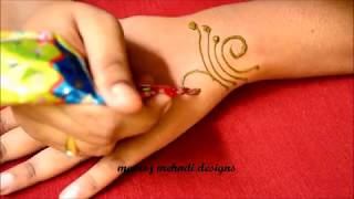 Easy Simple Mehndi Design for Hands- Easy Arabic Mehndi Designs for Back Hands