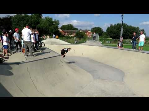 Rio O'Byrne Moonshine Skater Killing it at Churchdown Jam 2016