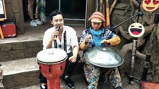 Chút Kỉ Niệm Buồn - Hoàng Việt Trang hát live tại Đà Lạt