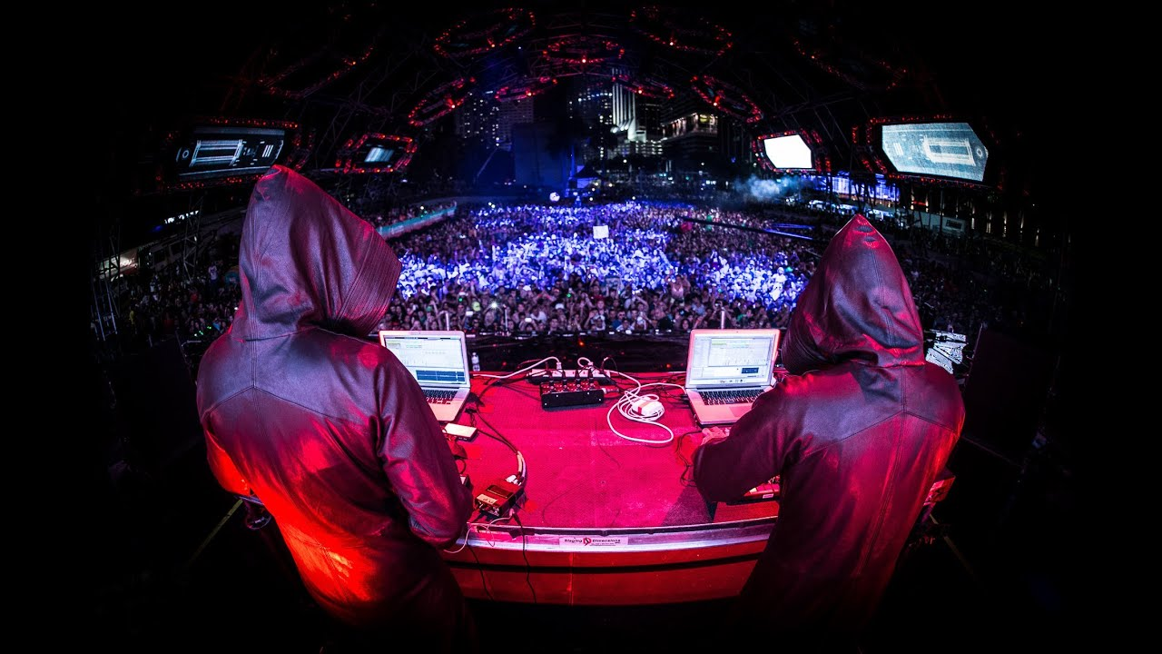 GAIA live at Ultra Music Festival 2014 (A State Of Trance 650)