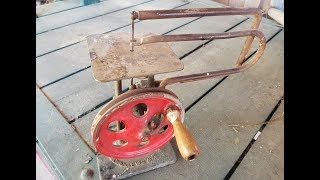 RARE!!! Hand powered 1923 Delta Scroll Saw Restoration.