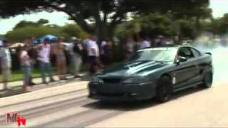 vuclip Car Show and Famous Exit show with Mustang burnouts   YouTube