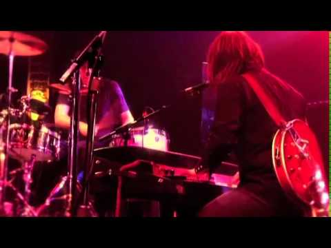 The Black Keys Live at the Crystal Ballroom - 10 Oceans and Streams