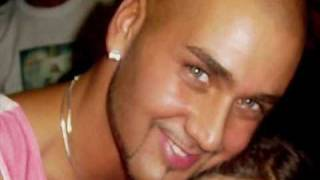 Watch Massari Follow My Lead video