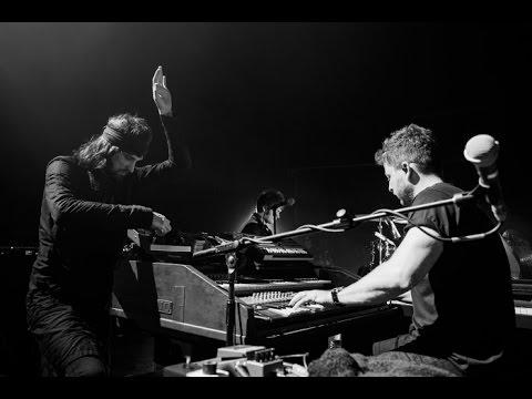 Kasabian - ID (live)