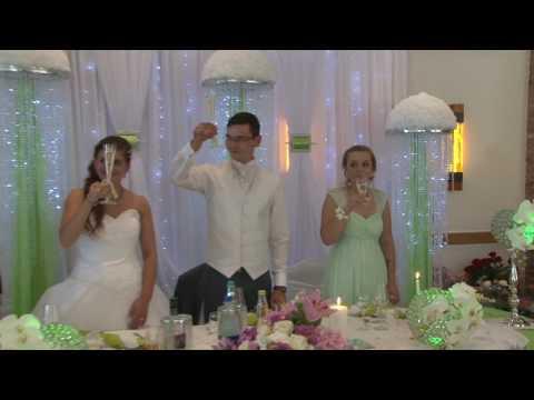 Begrüßung des Brautpaares.