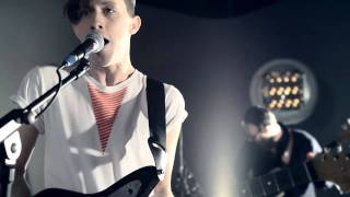 Fanfarlo - Feathers [live session]
