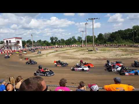 KC RACEWAY Maxxis Midwest Races All Kart Roll In.