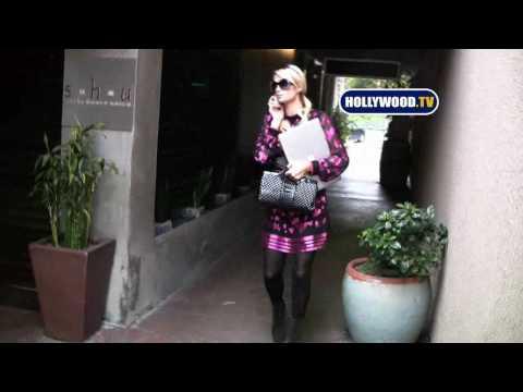 Paris Hilton is Pretty in Pink at Beverly Glen Market