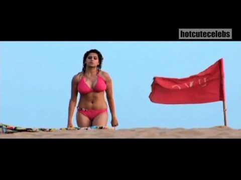 Sai tamhankar in bikini video