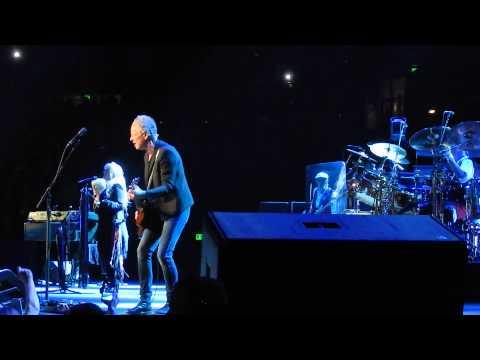 Fleetwood Mac - The Chain - Nashville Mar 18 2015
