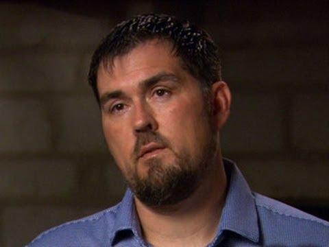 """""""Lone Survivor"""" SEAL recounts deadly battle"""
