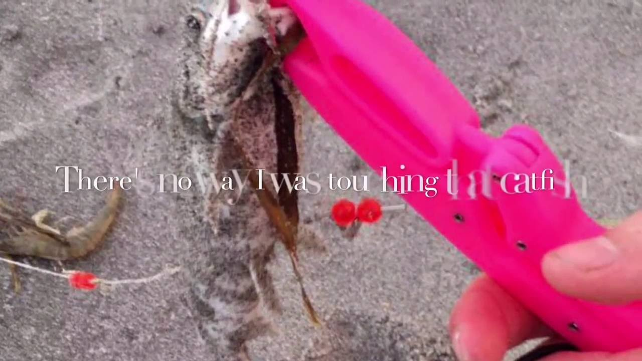 Saltwater fishing manasota Florida key beach - YouTube