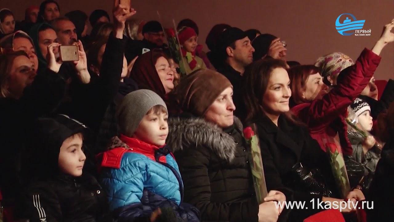 Большой праздничный концерт, посвященный международному женскому дню, собрал представительниц прекрасной половины коллективов городских учреждений и организаций