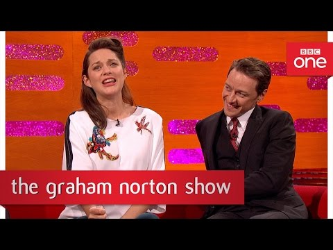Marion Cotillard can't sing like Édith Piaf - The Graham Norton Show 2016: New Years Eve - BBC