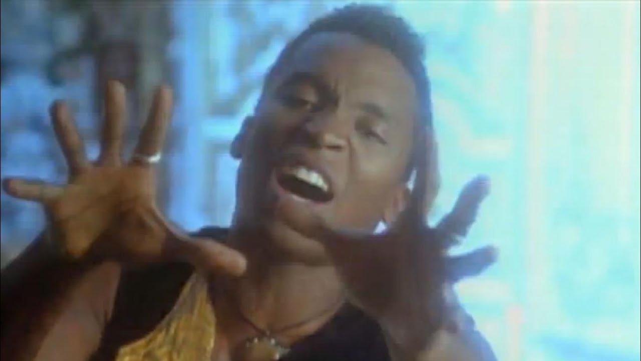 Download 📼 90's MEGA VIDEO MIX # 1 🚀 Dance Hits of the 90s 🚀 Party Classics Mix  - Dj StarSunglasses