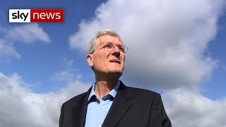 Former England fast bowler Bob Willis dies
