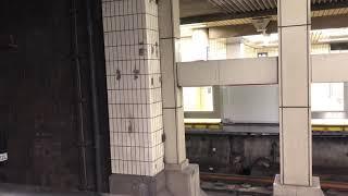 大阪メトロ御堂筋線20系(更新車)天王寺止まり、30000系 新大阪行き 天王寺駅