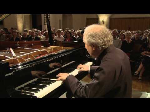 András Schiff - Bach. French Suite No.2 in C minor BWV813