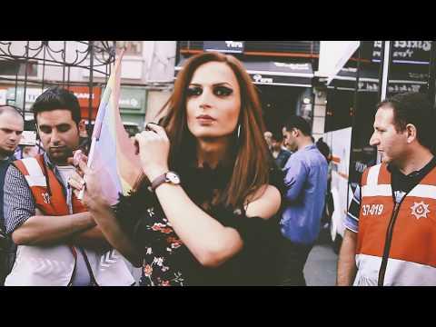 Neşet Ertaş - Doyulur mu // Kozmonotosman Edit // 2015 İstanbul Pride // Onur Yürüyüşü