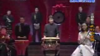 赵建华,京剧琴师,国家一级演员。1974年考入中国戏曲学院音乐系,主修...