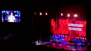 Juan Gabriel   Nunca es tarde  y Tus ojos mexicanos lindos 2013