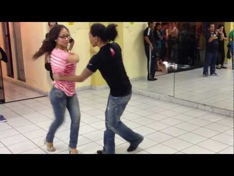 CLASE DE SALSA ON ONE FIGURAS DE PAREJA NIVEL INTERMEDIO 2013