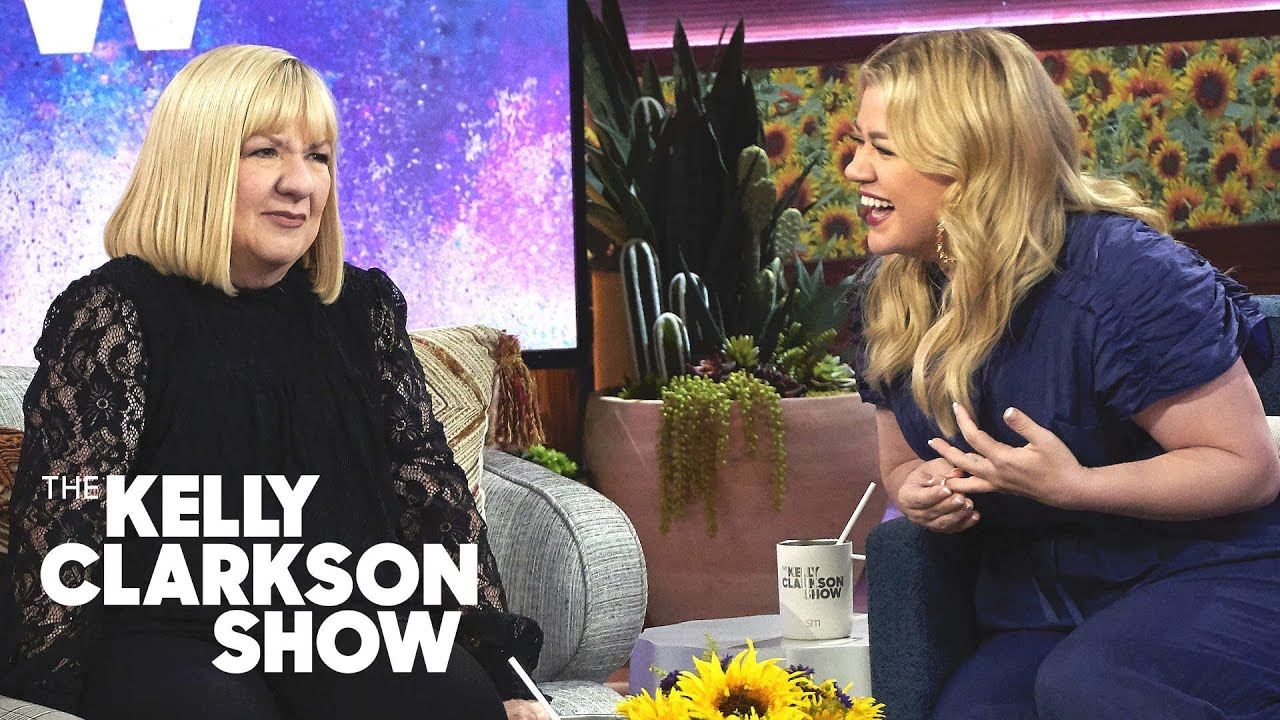 Kelly Clarkson S Mom Is Still Shocked Her Daughter Has A Talk Show The Kelly Clarkson Show Youtube
