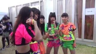 8/4(日)ROCK IN JAPAN FES.2013 に出演した際のオフショットをお届けし...