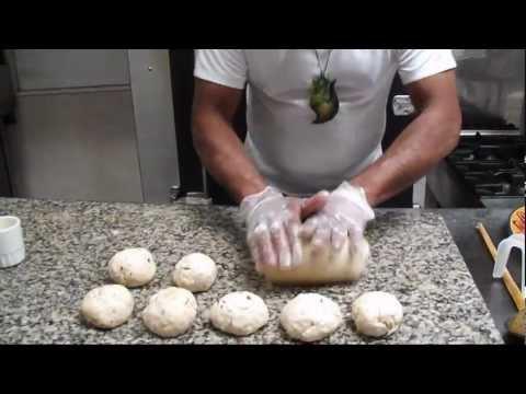SRI LANKAN CUISINE - POL ROTI (COCONUT FLAT BREAD) WITH CHEF ROHAN