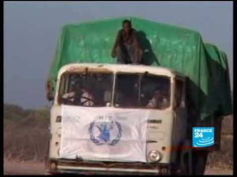 UN forced to suspend Somalia food aid amid al Qaeda attacks