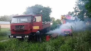 Odpalanie dinozaura. Star 1142 - old rusty truck start engine