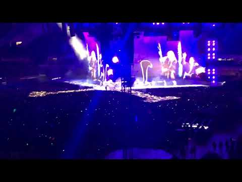 Chicago Soldier Field Taylor Swift concert 2018 Chicago