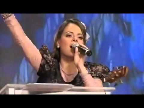 When I Speak Your Name - Ana Paula Valadão Bessa - Before The Throne (Diante do Trono) - English