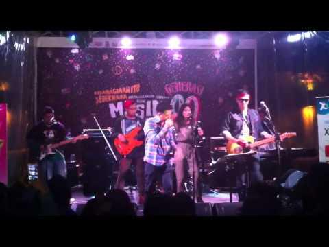 Let's 90 feat. Sigit Wardana - Jatuh Cinta