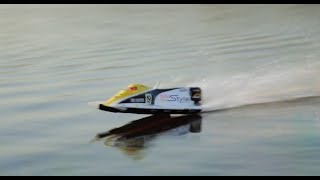 Exceed Formula 1 Speed Boat in Action