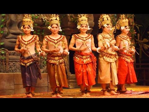 Traditional dance show in  Phnom Penh - Visit Cambodia 2017