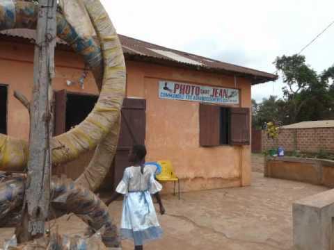 Dans les rues de Tsévié au Togo