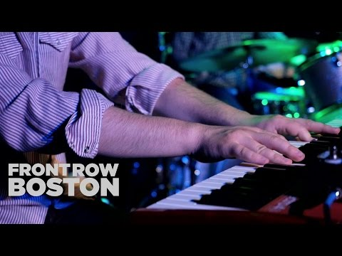 Front Row Boston | Nathaniel Rateliff - Late Night Party (Live)
