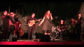 "LENA LENOK chante ""PAPIROSSY"""