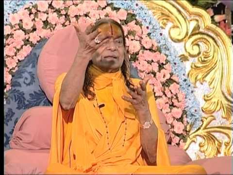 Par Dharm, Apar Dharm Pravachan, 2002 - Jagadguru Shri Kripaluji Maharaj