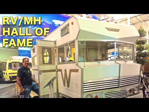 RV/MH Hall of Fame and Indiana Dunes National Lakeshore | Traveling Robert