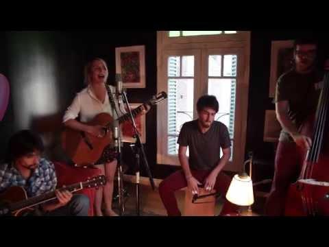 """Guitarra y Vos"" - Jorge Drexler (Cover by Silvina Moreno)"