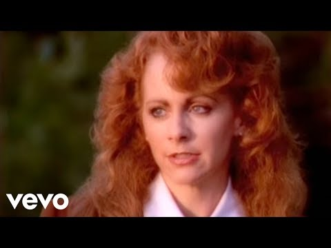Reba McEntire - Does He Love You ft. Linda Davis