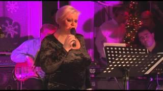 Download Monica Anghel - Spune-mi (LIVE in Garajul Europa FM)