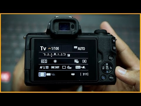 BEST DSLR CAMERA SETTINGS for Beginner Photographers (Hindi) thumbnail