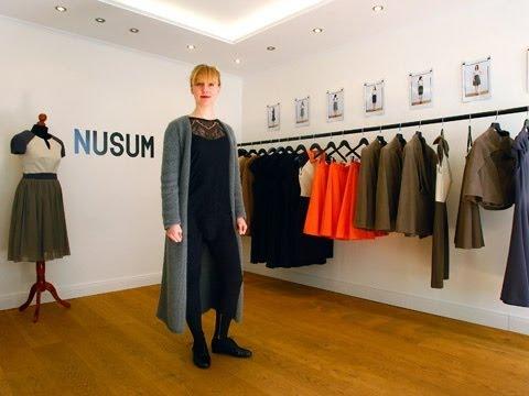 Modedesignerin: Schneidern an der Karriere