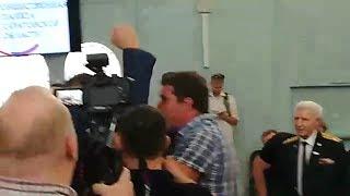 Во время обсуждения темы Горного в библиотеке произошла потасовка